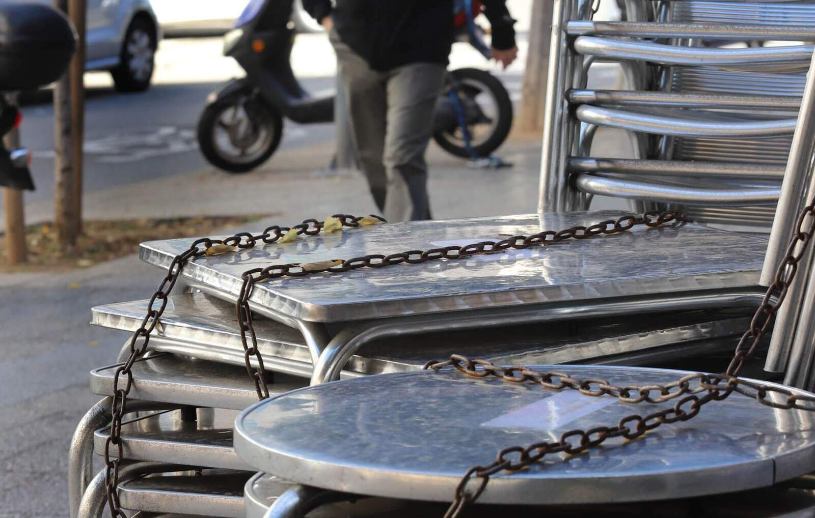 Bars i restaurants tancats per lluitar contra la Covid-19