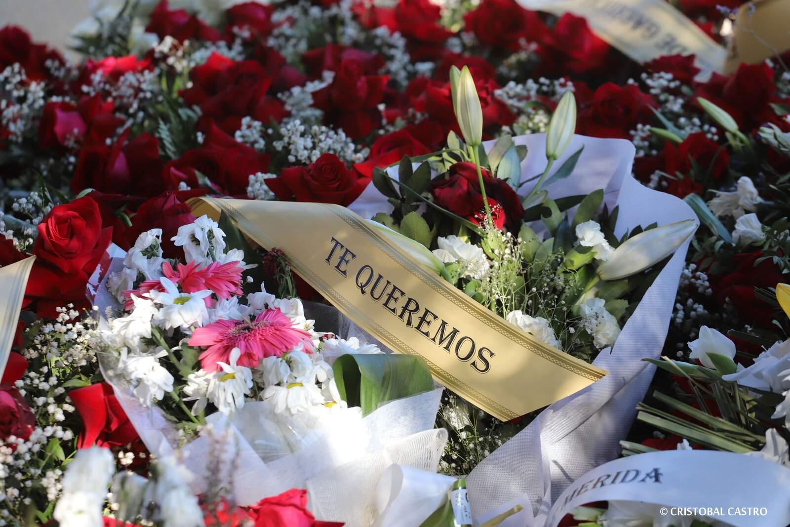 Terrassa celebra un dia de Tots Sants marcat pel confinament