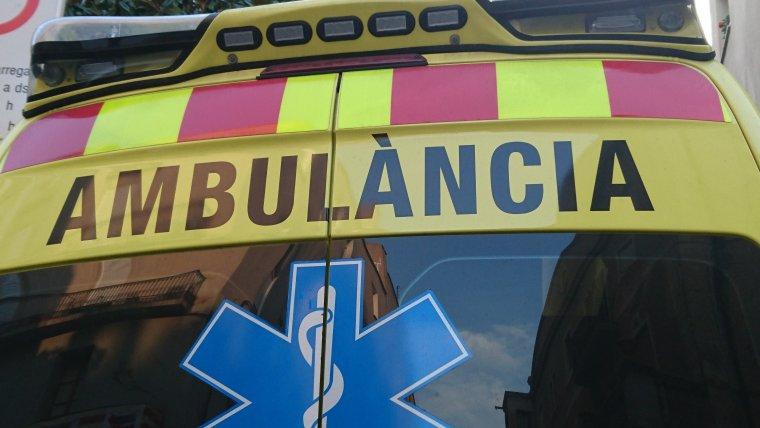 Ambulància    Lluïsa Tarrida
