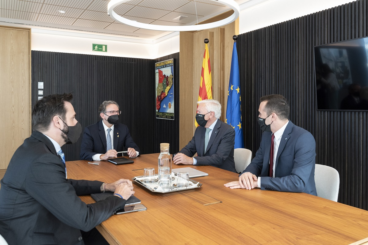 Jaume Giró, Jordi Cabrafiga, Antoni Abad i Oriol Alba durant la trobada d'ahir | Cecot
